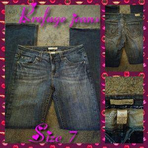 Refuge brand jeans size 7